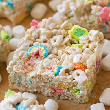 Lucky Charms Bars | lifemadesimplebakes.com
