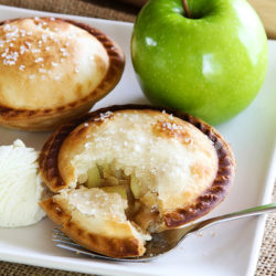 Mini Apple Pie A La Mode