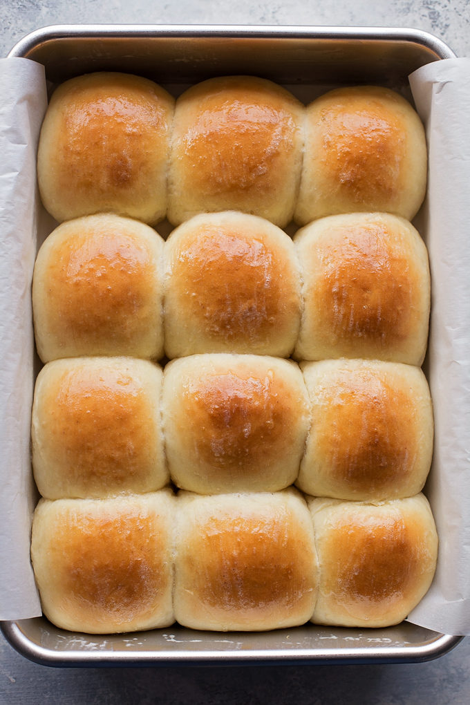 1 hour soft fluffy dinner rolls life made simple