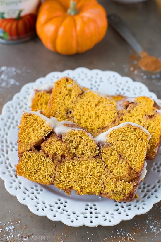 Pull-Apart Pumpkin Bubble Bread