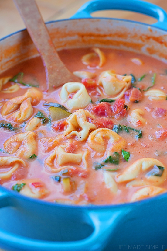 Creamy Tortellini and Spinach Tomato Soup
