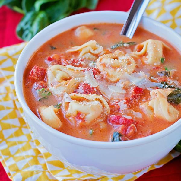 tortellini spinach tomato soup