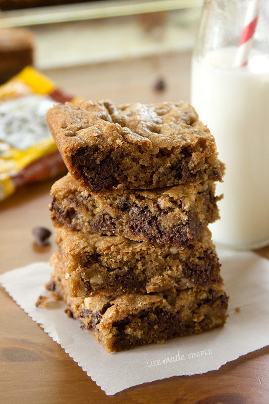 Tollhouse Chocolate Chip Blondies
