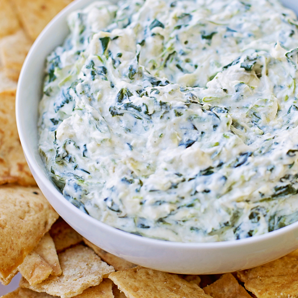 15 Minute Skinny Spinach Artichoke Dip - Life Made Simple