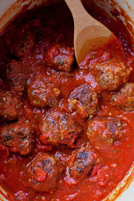 Easy Italian Meatballs | lifemadesimplebakes.com
