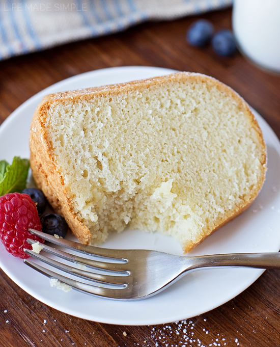 Pound Cake With Almond Extract
