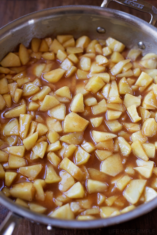 Stovetop Cinnamon Apples