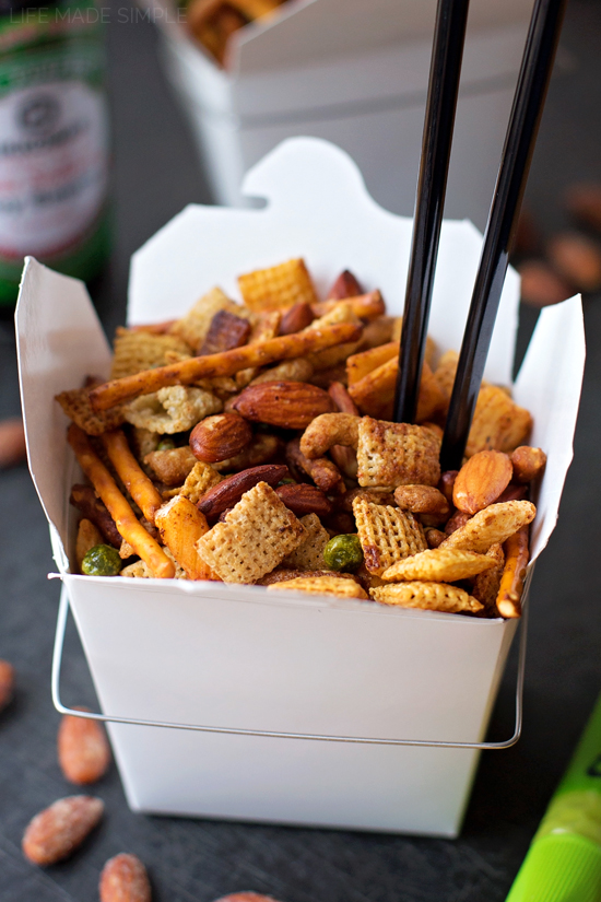 Sweet & Spicy Asian Snack Mix