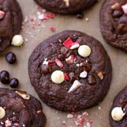 Chocolate Peppermint Crunch Cookies | lifemadesimplebakes.com