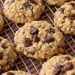 Flourless Oatmeal Chocolate Chip Cookies | lifemadesimplebakes.com