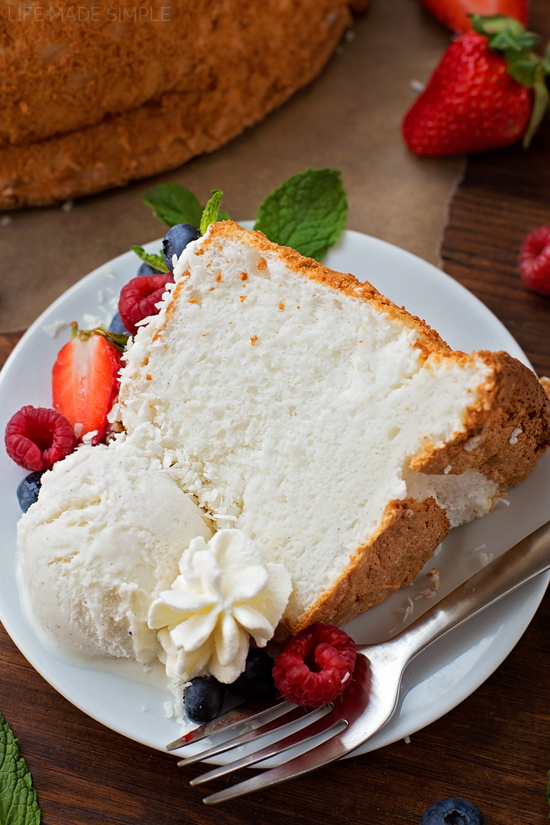 Classic Angel Food Cake | lifemadesimplebakes.com