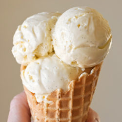 Homemade Vanilla Bean Ice Cream | lifemadesimplebakes.com