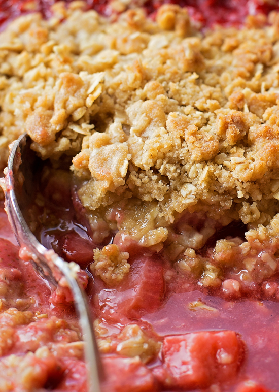 Simple Strawberry Rhubarb Crisp | lifemadesimplebakes.com
