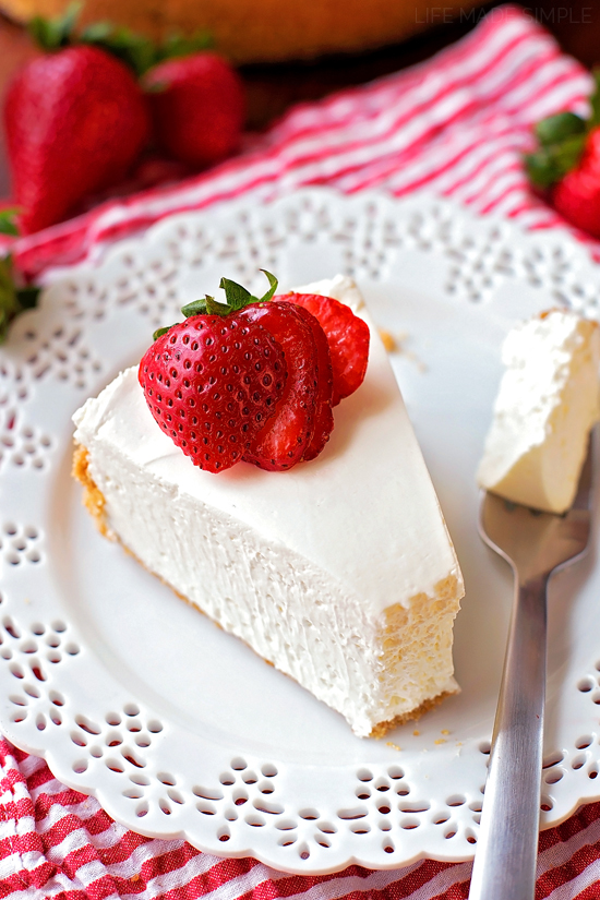 No-Bake Strawberry Topped Cheesecake | lifemadesimplebakes.com