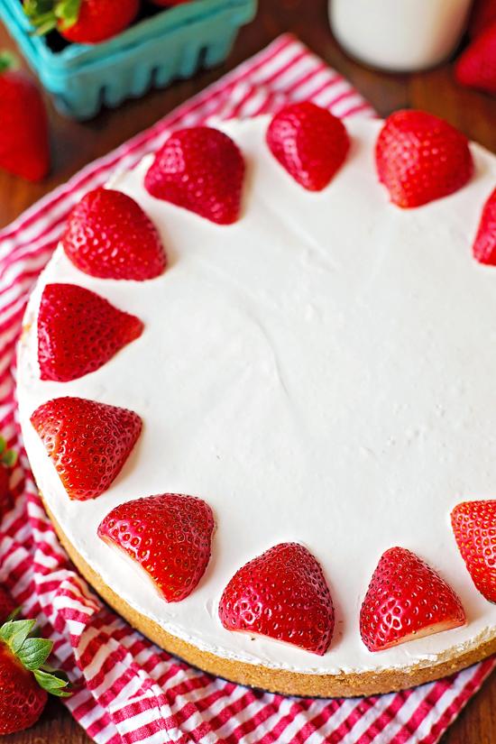 No-Bake Strawberry Topped Cheesecake | lifemadesimplebakes.com