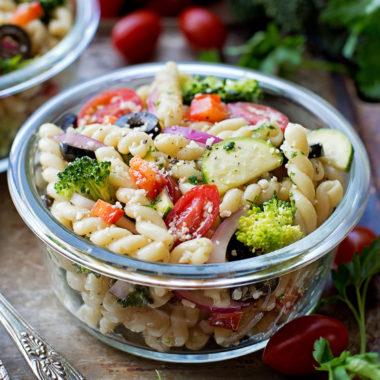 Summer Veggie Pasta Salad | lifemadesimplebakes.com