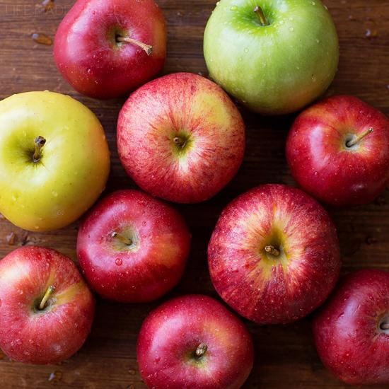 Homemade Unsweetened Applesauce | lifemadesimplebakes.com