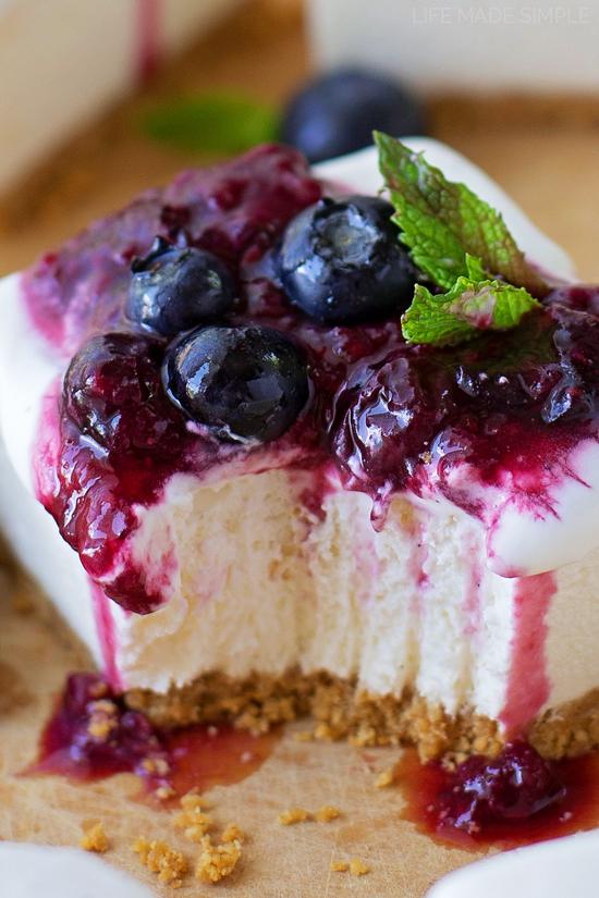 No-Bake Vanilla Bean Cheesecake Bars   lifemadesimplebakes.com