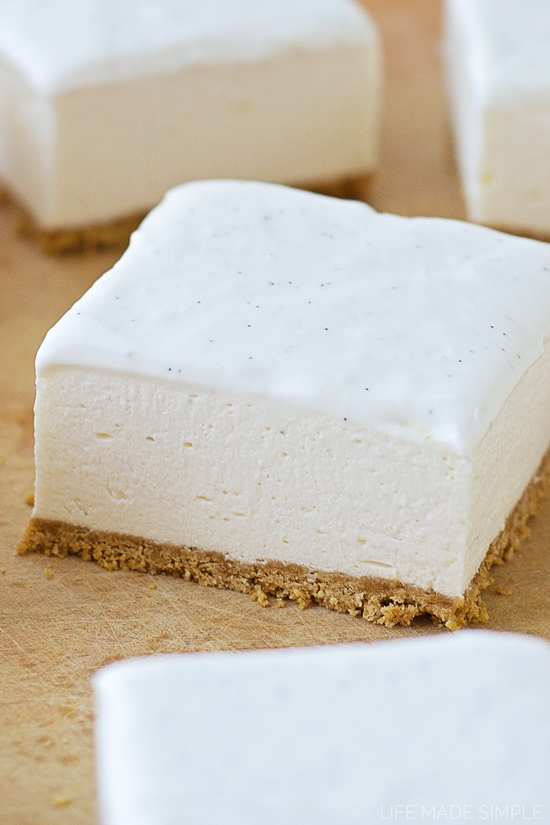 No-Bake Vanilla Bean Cheesecake Bars | lifemadesimplebakes.com