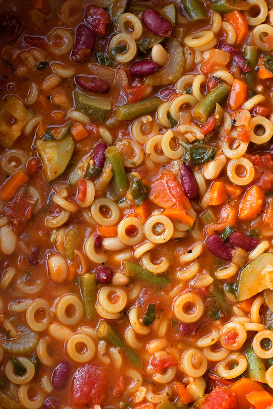 Hearty Minestrone Soup | lifemadesimplebakes.com