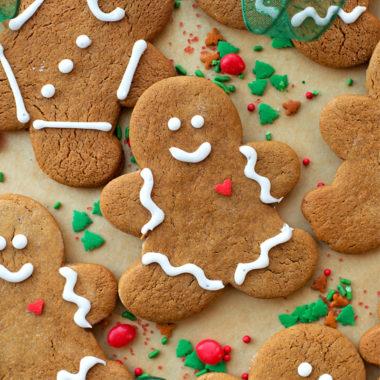 Classic Gingerbread Cookies | lifemadesimplebakes.com