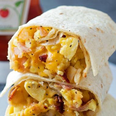 Freezer-Friendly Breakfast Burritos | lifemadesimplebakes.com