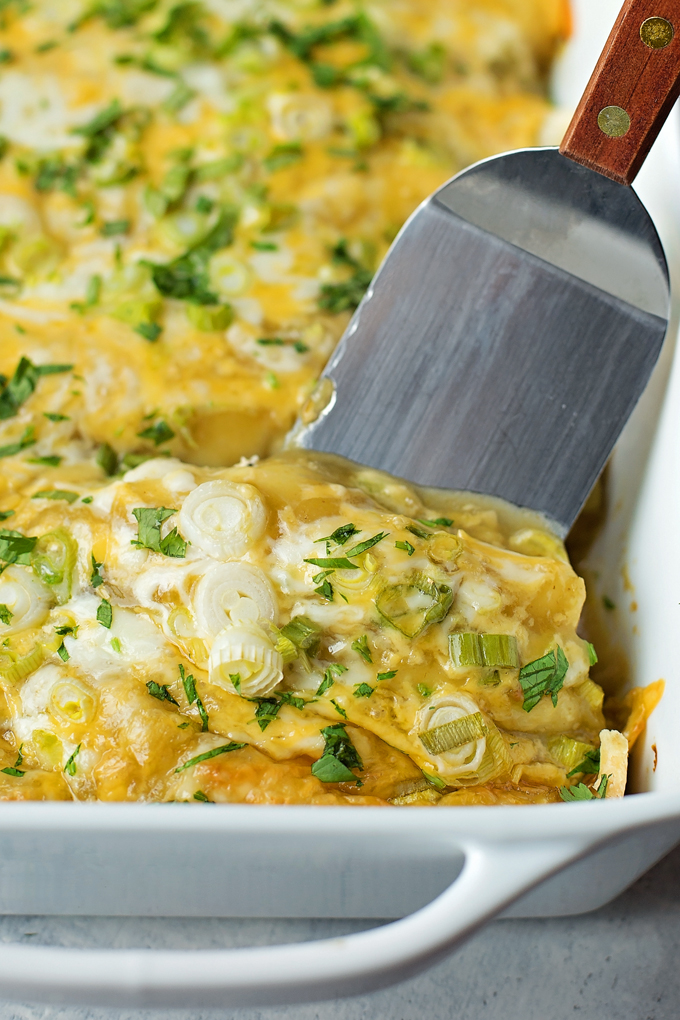 Mom's Green Enchiladas | lifemadesimplebakes.com