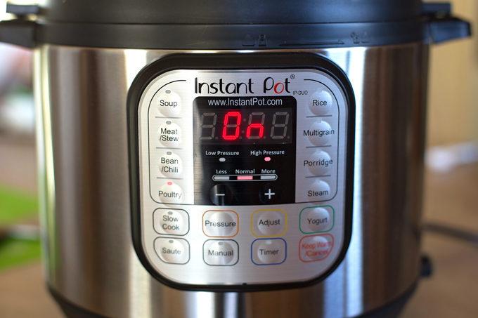 Instant Pot Shredded Chicken Tacos | lifemadesimplebakes.com