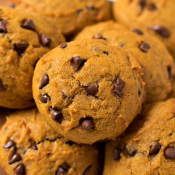 Copycat Harmons Pumpkin Chocolate Chip Cookies | lifemadesimplebakes.com