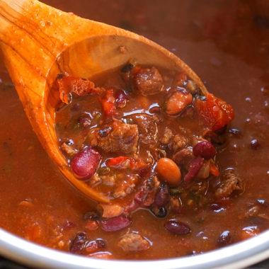 Insanely Good Instant Pot Beef Chili | lifemadesimplebakes.com