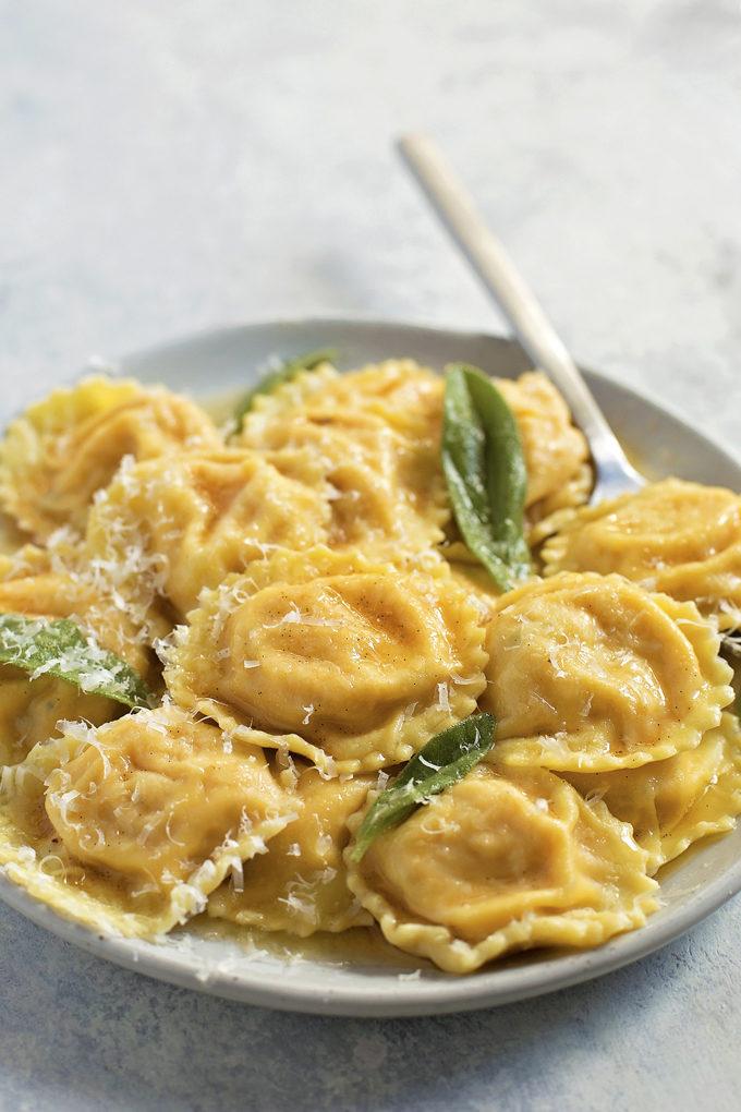 Butternut Squash Ravioli with Browned Butter Vanilla Bean Sauce   lifemadesimplebakes.com