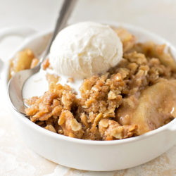 The Best Apple Crisp | lifemadesimplebakes.com