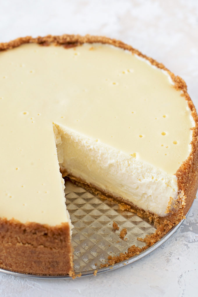 Instant Pot Greek Yogurt Cheesecake | lifemadesimplebakes.com