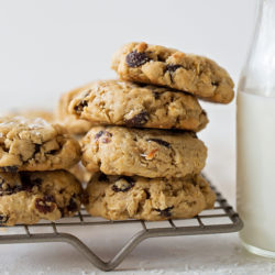Coconut Oil Oatmeal Raisin Cookies | lifemadesimplebakes.com
