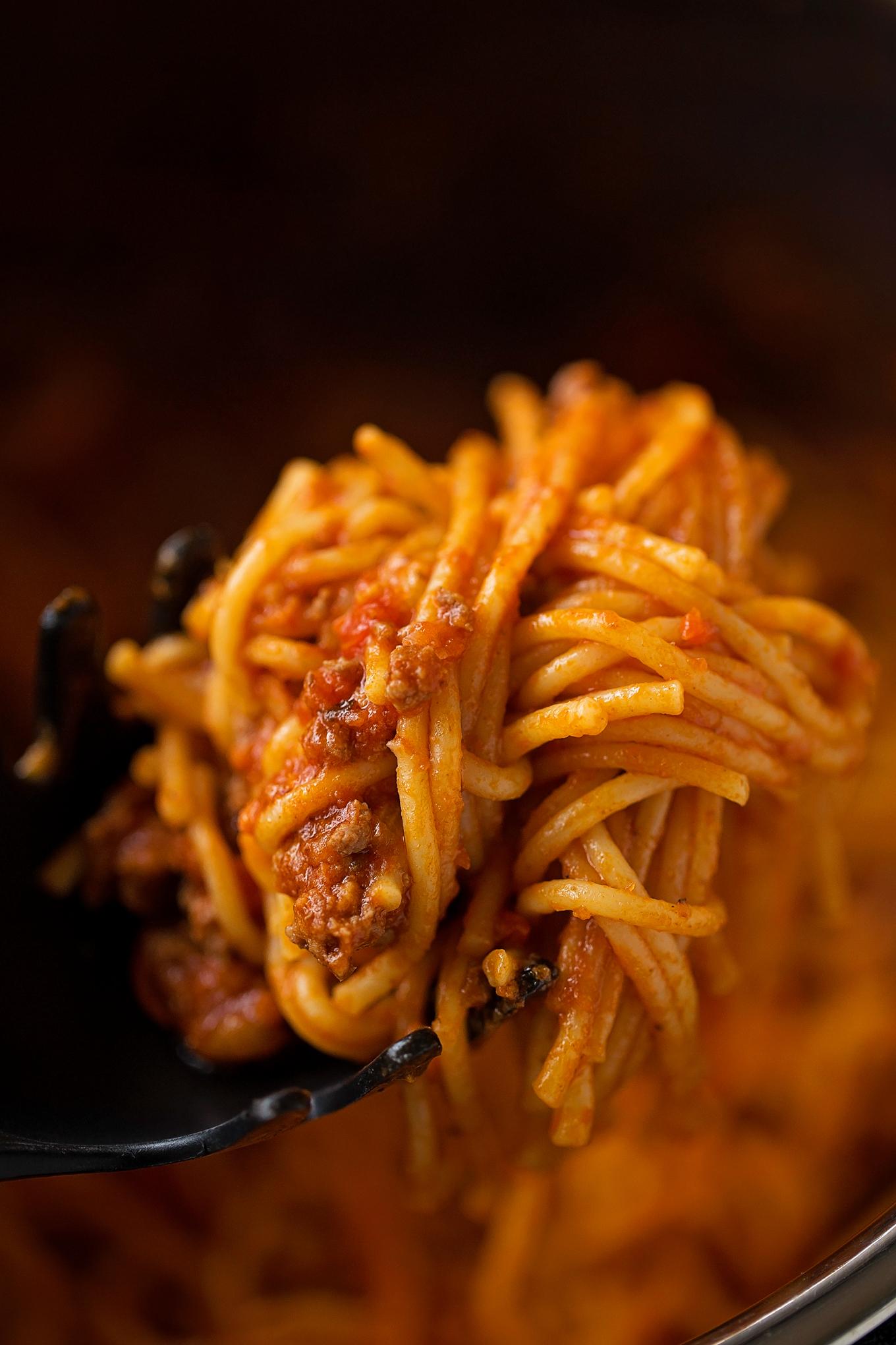 Instant Pot Spaghetti | lifemadesimplebakes.com