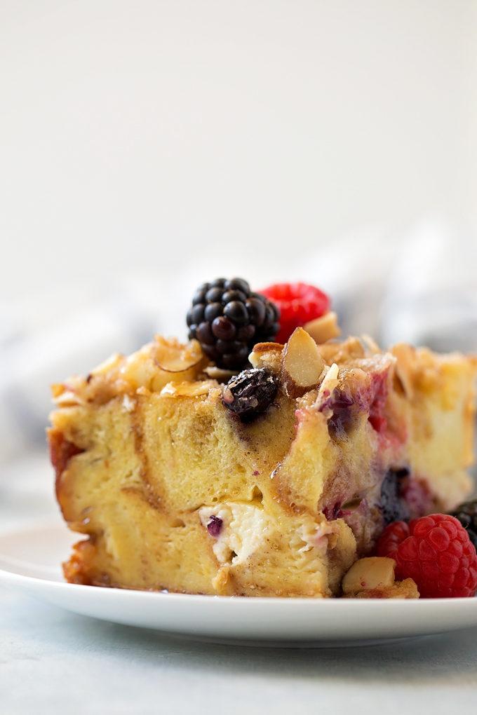Berry French Toast Casserole | lifemadesimplebakes.com