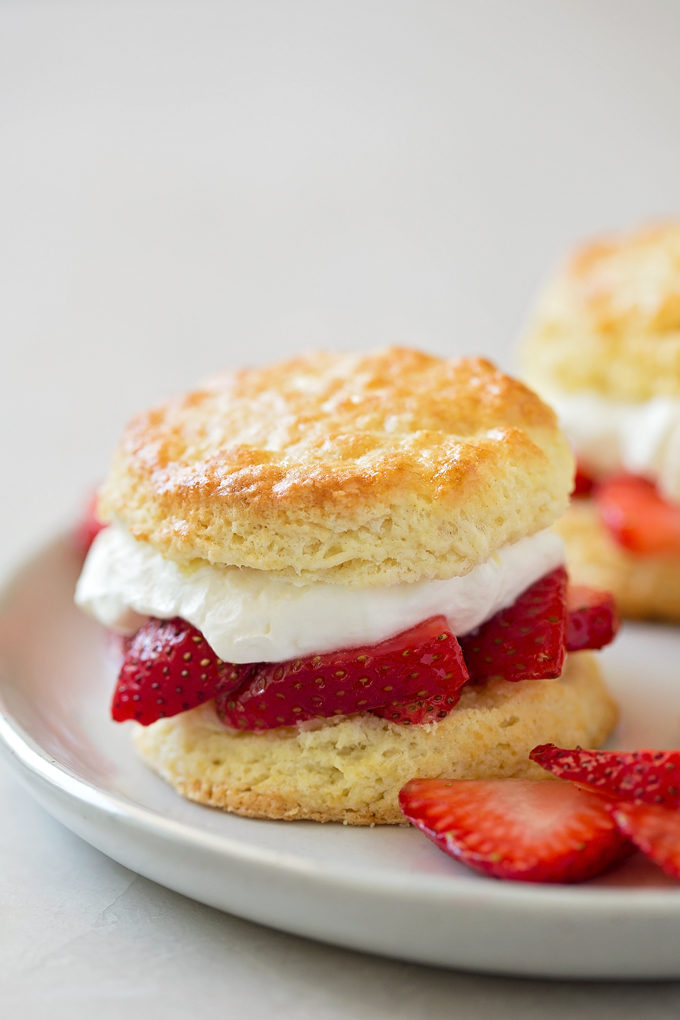 Classic Strawberry Shortcakes | lifemadesimplebakes.com