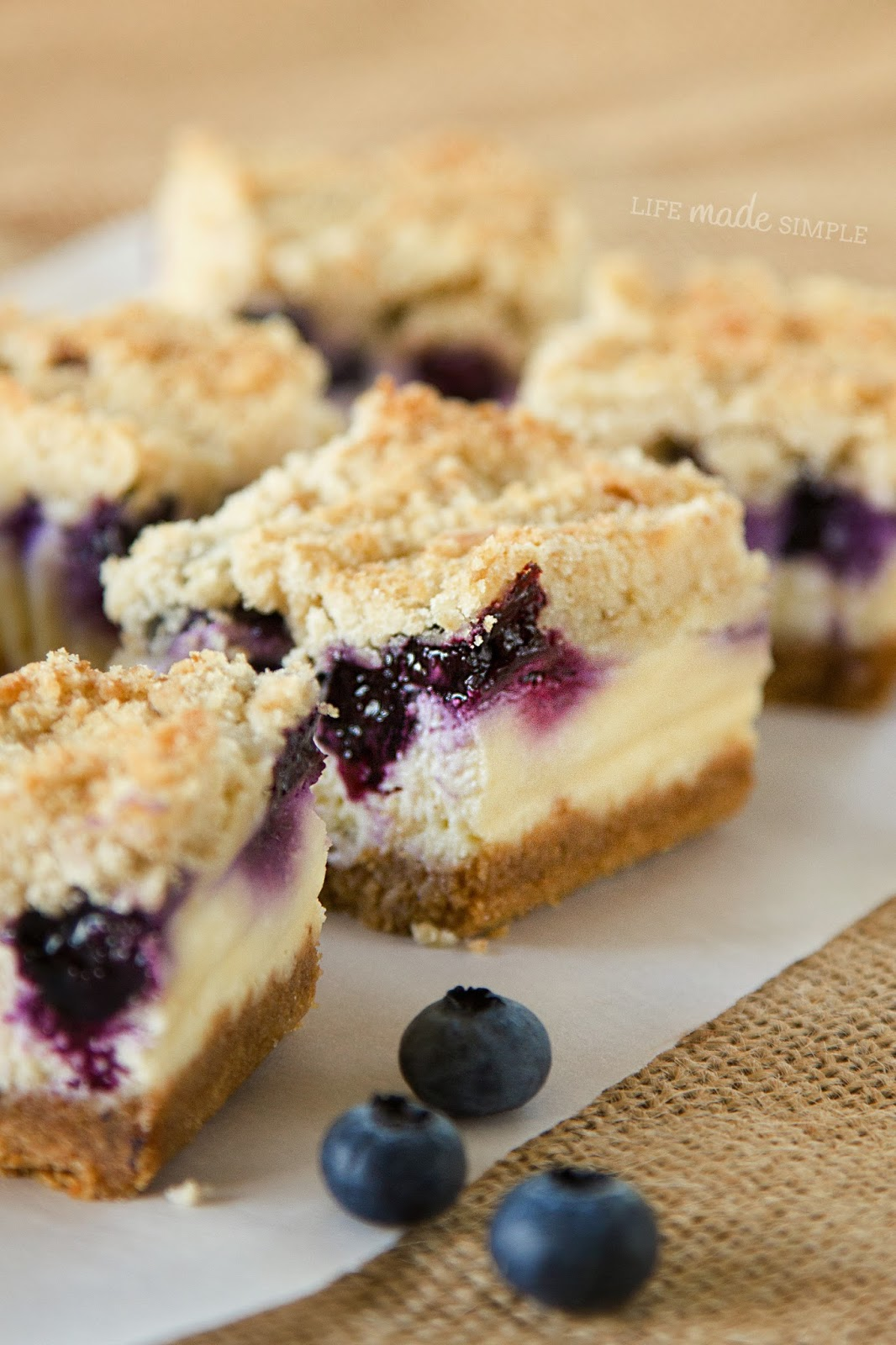 Blueberry Cheesecake Bars Recipe Blueberry crumble cheesecake